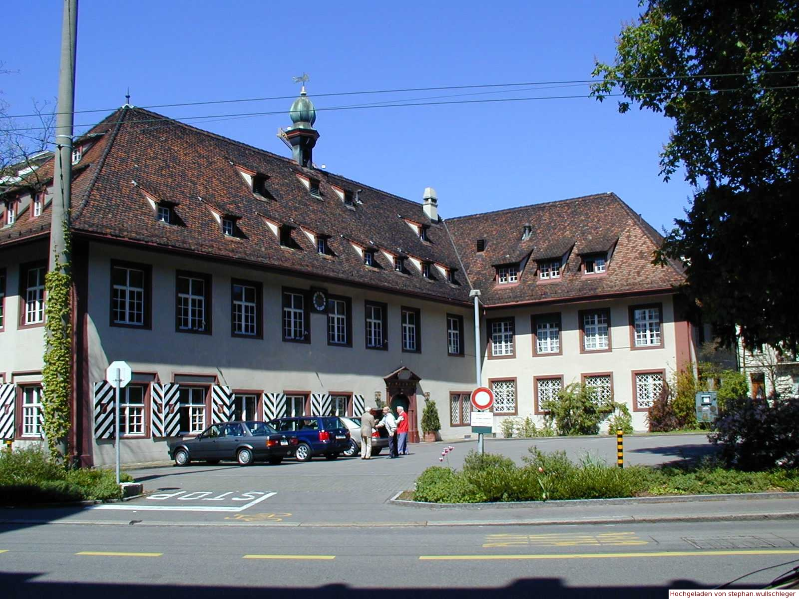 Fassade Parkplatz
