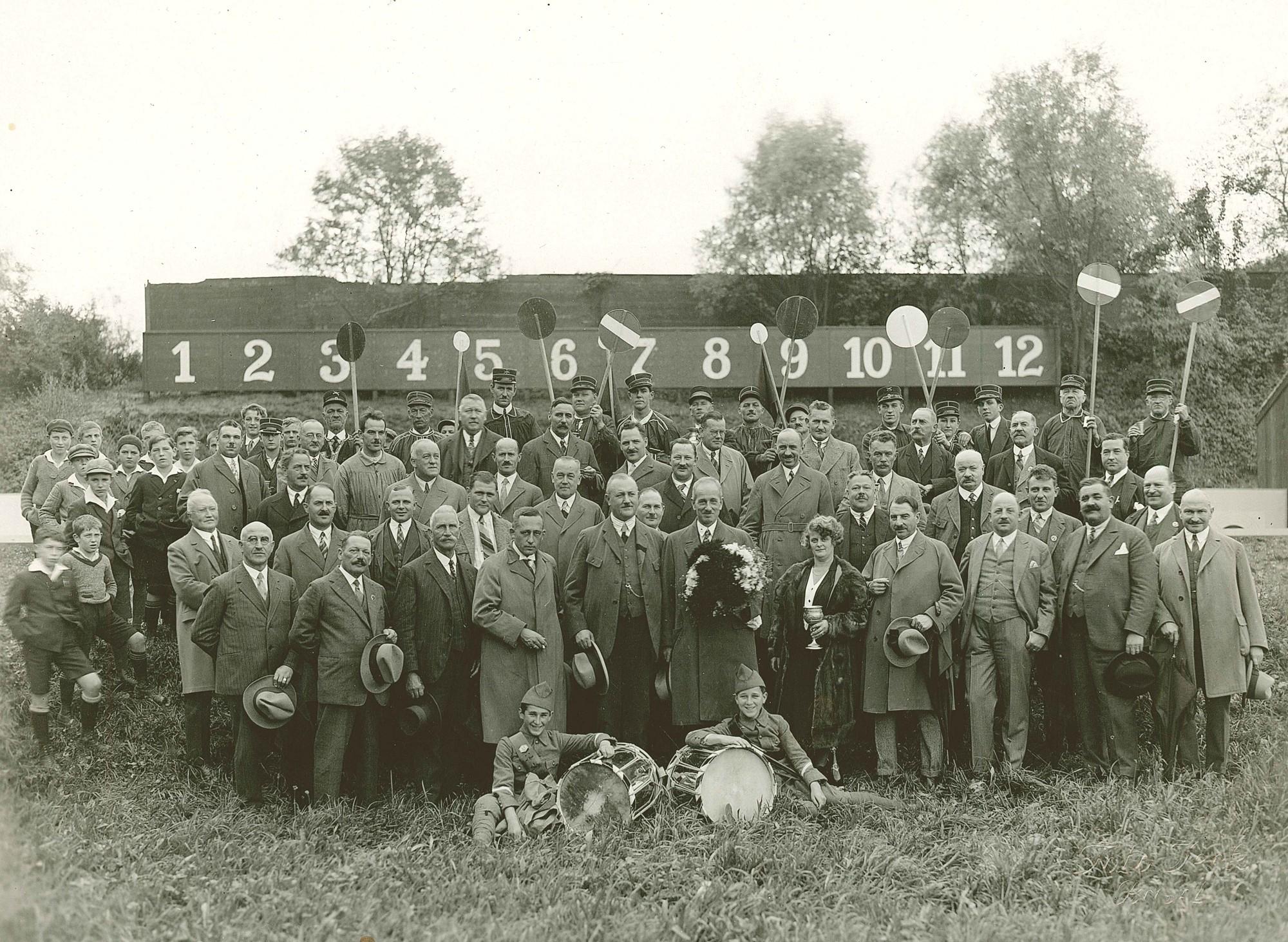 Standweihe des erweiterten Schiessstandes der Feuerschützen im Allschwilerweiher 1930