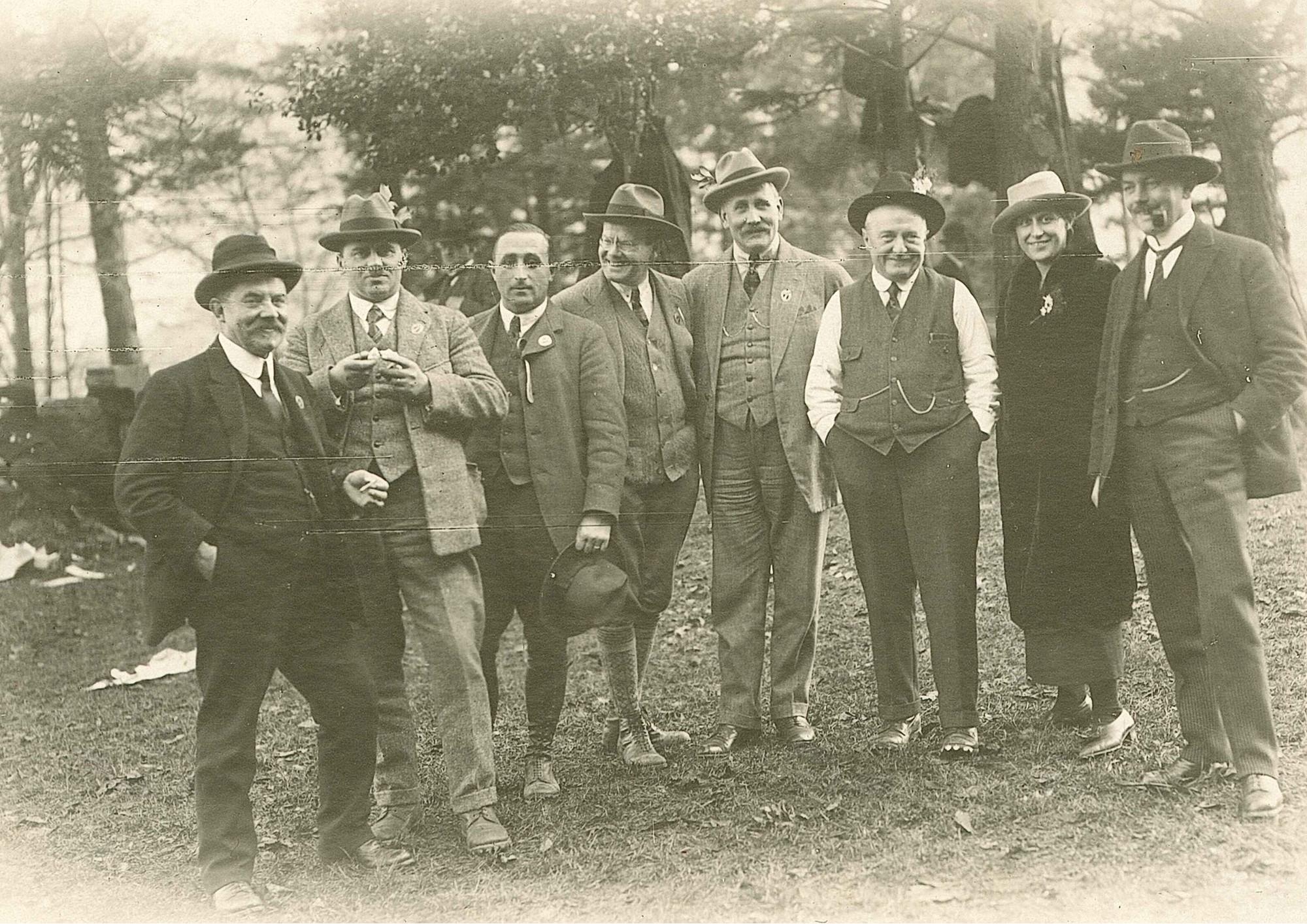 Die Feuerschützen am Rütlischiessen in den 1920er Jahren