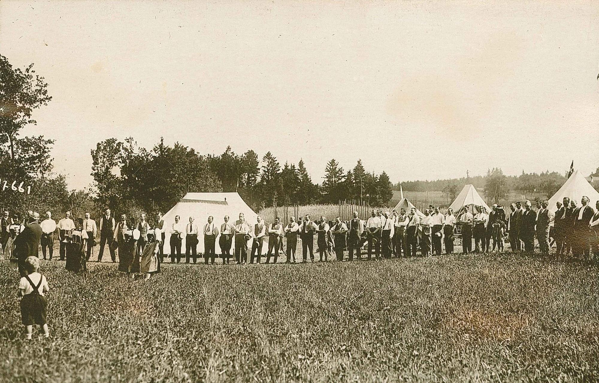 Die Feuerschützen bei den Reismusketen Bern im Thalgut 1928