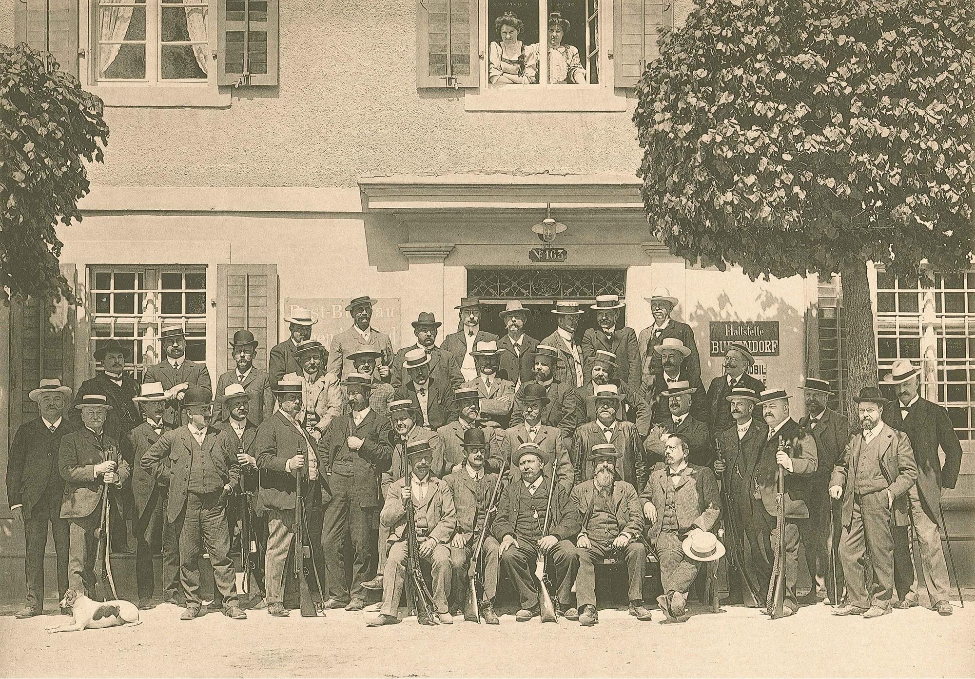 Ausmarsch der Feuerschützen nach Bad Bubendorf am 17. Mai 1908
