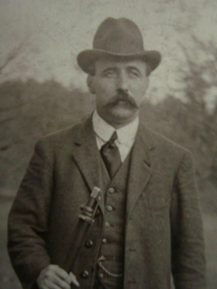 Gustav Herzog (1881 - 1937)