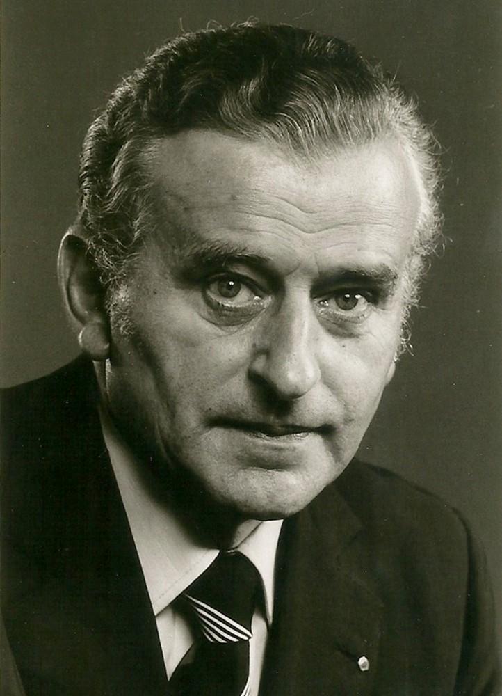 Peter J. Christen (1916 - 1996)