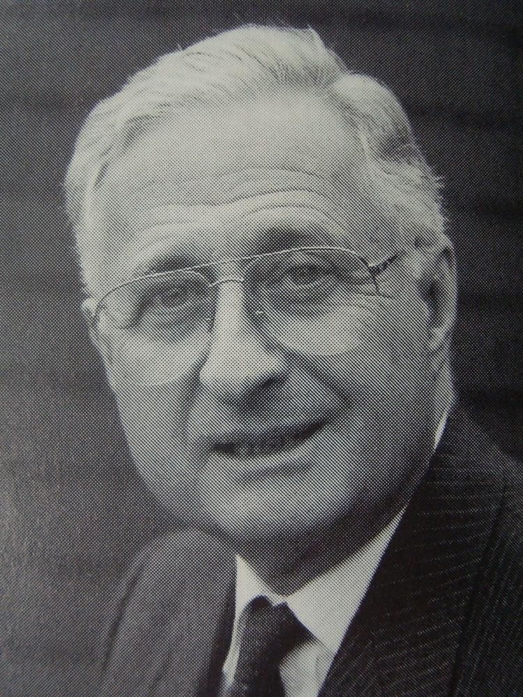 Adrian Diethelm (1921 - 2009)